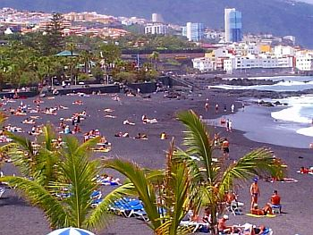 Tenerife beaches puerto de la cruz two major ones - Playa puerto de la cruz tenerife ...