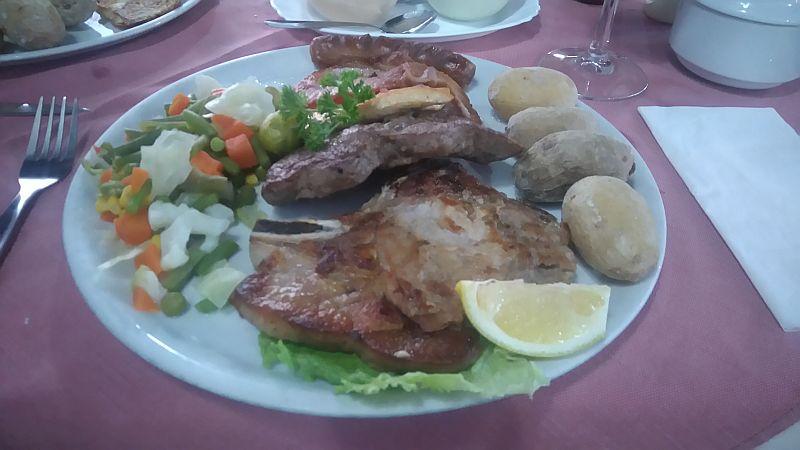 Mixed grill at the restaurant La Buena Paella, Los Cristianos, Tenerife