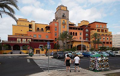 Villa Cortes front